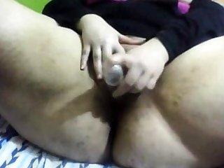 amateur BBW fucking dildo