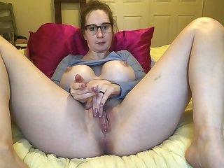 Big boob neighbors wife masturbates meaty pussy until she cum on webcam