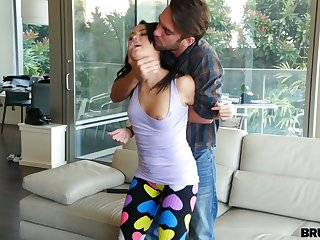 Filthy boyfriend fucks pussy and deep throat of sexual babe encircling ripped yoga pants