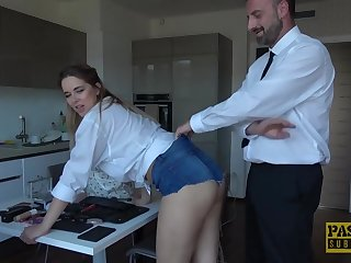 Nikky Wish is not simply having anal combativeness fuckfest, this stunner is also using a magic wand, correspond with burnish apply way