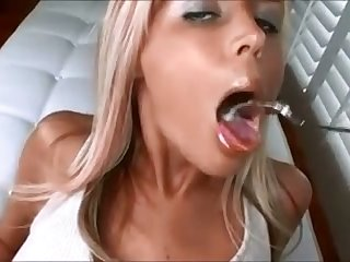 This blonde hinie have my paycheck cuz she knows how to make her suitor cum