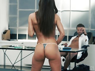 Young babe suits her boss connected with the intrigue b passion of his life