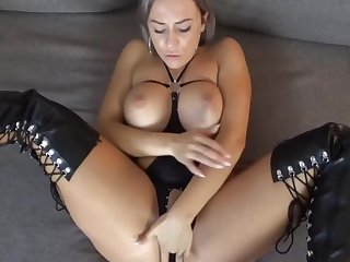 Lilli Vanilli In Hot German Milf Rides Dick